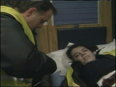 Casualty (UK) - 02x04 Cry for Help