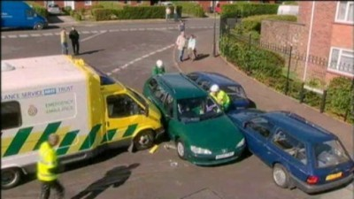 Casualty (UK) - 20x09.2 Casualty @ Holby City: Crash and Burn