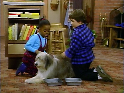 The Cosby Show - 03x10 A Girl and Her Dog