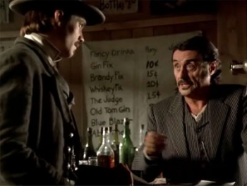 Deadwood - 03x01 Tell Your God to Ready for Blood