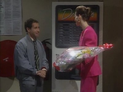 Drop the Dead Donkey (UK) - 01x08 The Root of All Evil