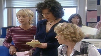 Drop the Dead Donkey (UK) - 05x04 What are Friends For?