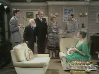 The Fall and Rise of Reginald Perrin (UK) - 01x04 The Bizarre Dinner Party