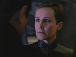 Farscape - 03x20 Into the Lion's Den (1): Lambs to the Slaughter