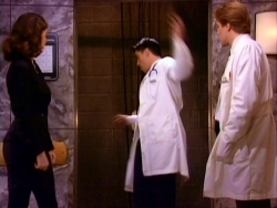 Friends - 02x18 The One Where Dr. Ramoray Dies