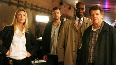 Fringe - 01x03 The Ghost Network