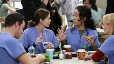 Grey's Anatomy - 03x18 Scars and Souvenirs