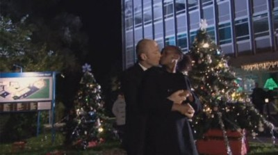 Holby City (UK) - 09x11 The Very Thought of You Screenshot