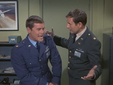 I Dream of Jeannie - 02x11 The Girl Who Never Had a Birthday (2)