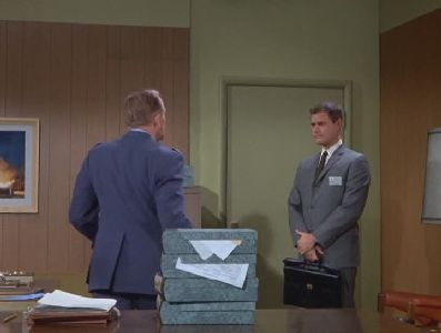 I Dream of Jeannie - 02x21 My Master, the Civilian