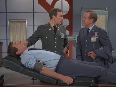 I Dream of Jeannie - 04x18 Is There a Doctor in the House?