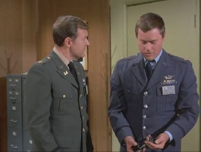 I Dream of Jeannie - 04x20 The Case of the Porcelain Puppy