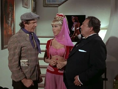 I Dream of Jeannie - 05x10 Uncles a Go-Go
