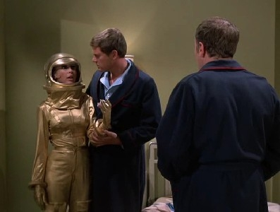 I Dream of Jeannie - 05x17 The Solid Gold Jeannie