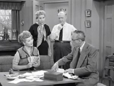 I Love Lucy 4x01 The Business Manager Sharetv