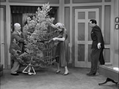 6x11 the i love lucy christmas episode its christmas eve and ricky warns his young son santa wont bring the tree and the presents until you go to sleep - I Love Lucy Christmas Episode