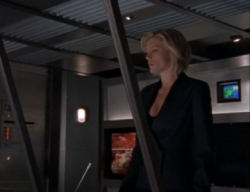 La Femme Nikita - 05x08 A Time for Every Purpose Screenshot