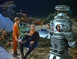 Lost in Space - 02x16 The Girl from the Green Dimension
