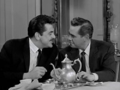 The Lucy-Desi Comedy Hour - 03x03 Lucy Meets the Moustache Screenshot