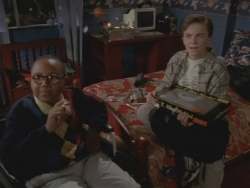 Malcolm in the Middle - 01x06 Sleepover