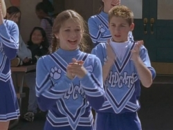 Malcolm in the Middle - 01x12 Cheerleader