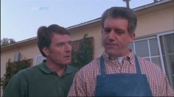 Malcolm in the Middle - 02x13 New Neighbors