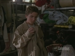 Malcolm in the Middle - 03x05 Charity