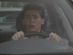 Malcolm in the Middle - 03x13 Reese Drives