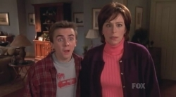 Malcolm in the Middle - 05x20 Victor's Other Family