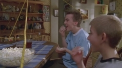 Malcolm in the Middle - 07x07 Blackout