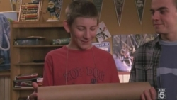 Malcolm in the Middle - 07x22 Graduation