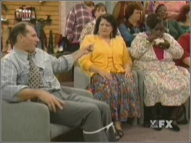 Married ... with Children - 11x09 Crimes Against Obesity Screenshot