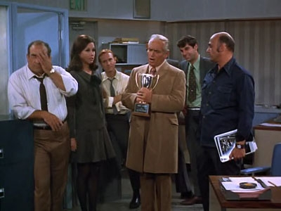 The Mary Tyler Moore Show - 01x09 Bob & Rhoda & Teddy & Mary