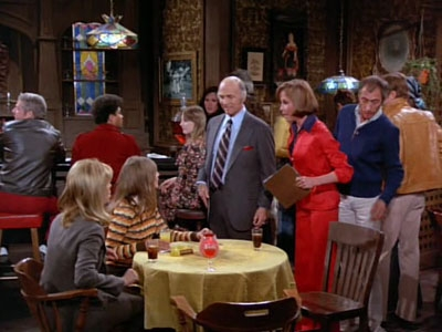 The Mary Tyler Moore Show - 04x24 I Was a Single for WJM