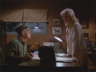 M*A*S*H - 11x07 Settling Debts