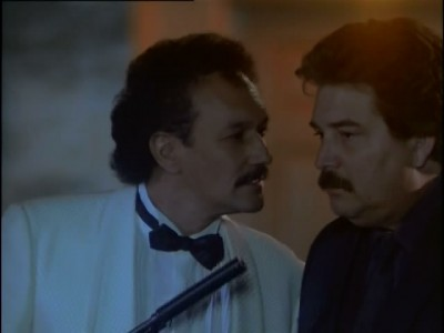 Miami Vice - 03x24 Heroes of the Revolution