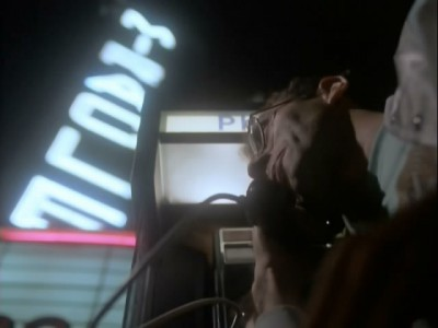 Miami Vice - 04x11 A Rock and a Hard Place
