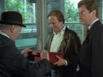 Minder (1979) (UK) - 07x05 Fiddler on the Hoof