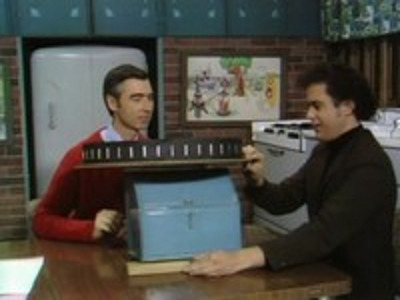 Mister Rogers' Neighborhood - 05x22 Arts Foundation (2)