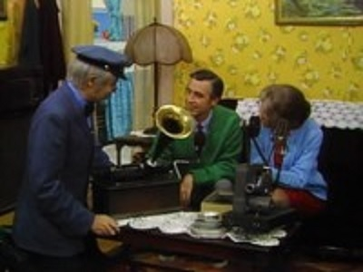 Mister Rogers' Neighborhood - 07x16 Show 1341