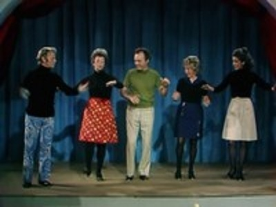 Mister Rogers' Neighborhood - 08x05 Show 1395