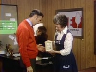 Mister Rogers' Neighborhood - 08x15 Show 1405