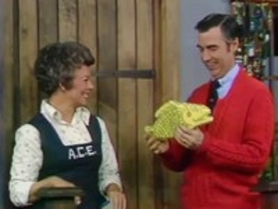 Mister Rogers' Neighborhood - 08x53 A Rainbow for Prince Tuesday (3)