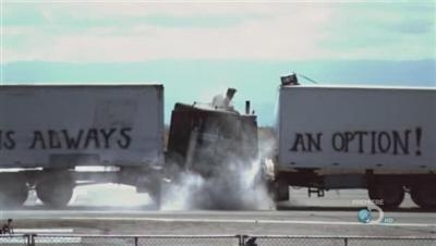 MythBusters - 07x01 Demolition Derby Special