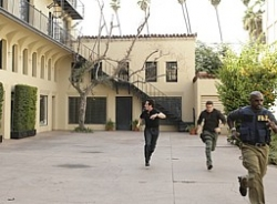 Numb3rs - 05x09 Conspiracy Theory