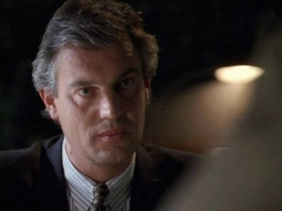 NYPD Blue - 01x19 Serge the Concierge