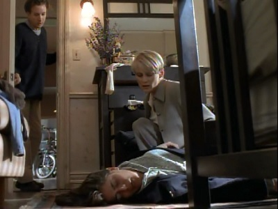 NYPD Blue - 04x18 I Love Lucy