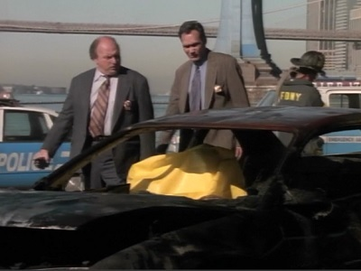 NYPD Blue - 05x03 Three Girls and a Baby