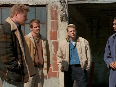 NYPD Blue - 05x19 Prostrate Before the Law