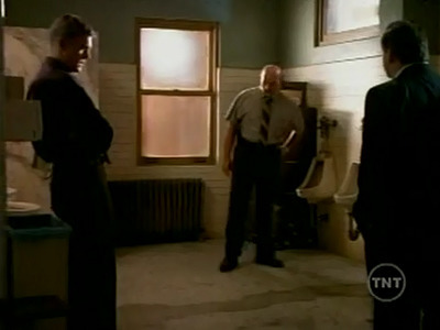 NYPD Blue - 07x01 Loogie Nights